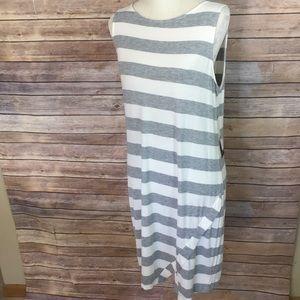 Kensie NWT gray stripe sleeveless sheath dress